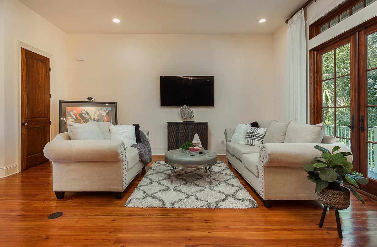 Staging a Home in Pensacola, Fl- Interior Decorating