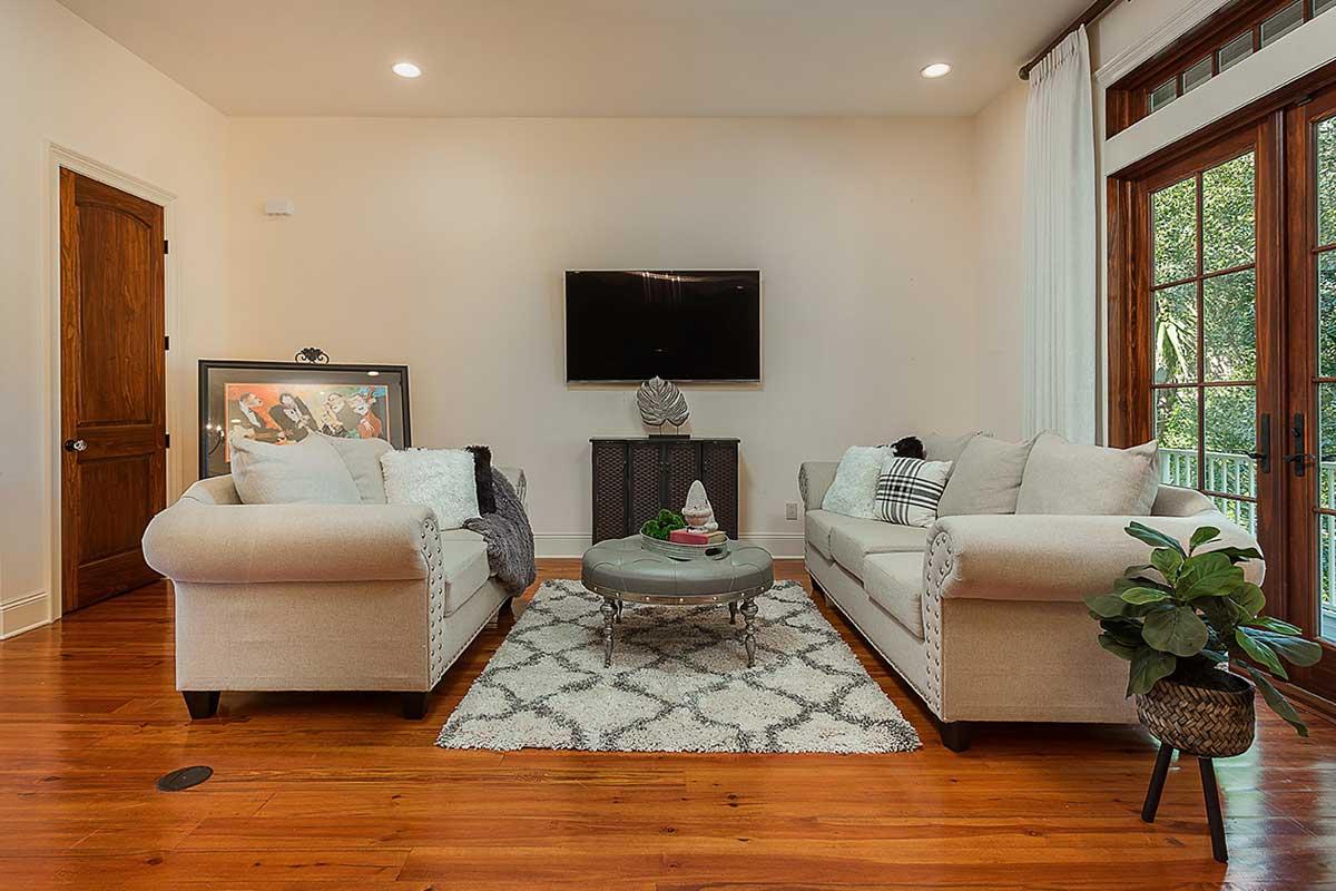 after- Home Staging Pensacola- Delena Denham Interiors